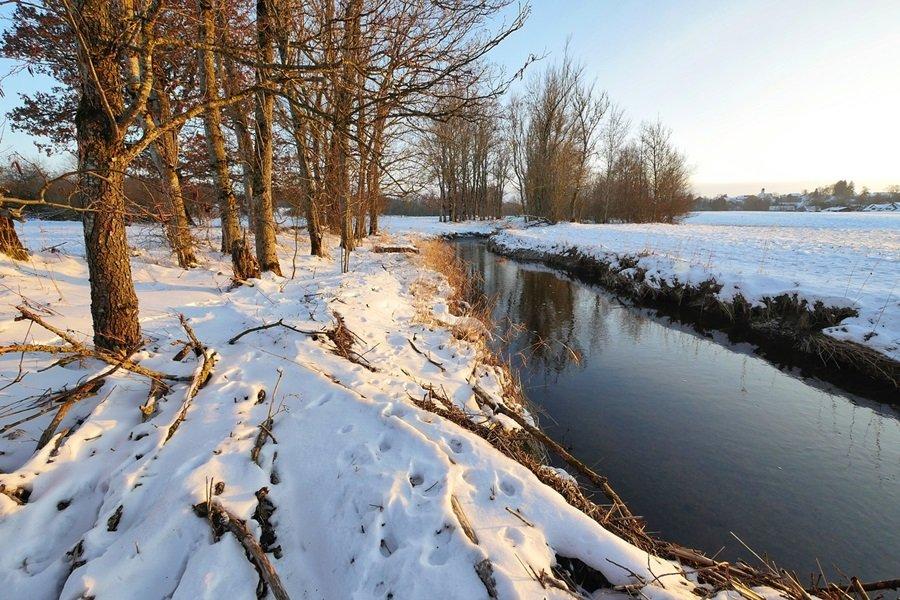 Zimski pejzaži-Winter landscapes - Page 2 Fjfku8ztvaw